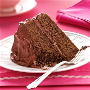Devil-s-Food-Cake-with-Chocolate-Fudge-Frosting_exps32401_TH1443683B11_13_4bC_RMS.jpg