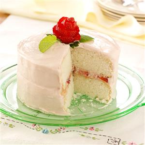 Mom-s-Favorite-White-Cake_exps35302_REM1194747D01_16_4b_RMS.jpg